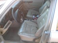 89 Mercedes Benz 300 se real clean straight car with a