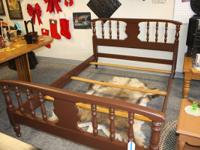Classic layout complete dimension bed made of timber.
