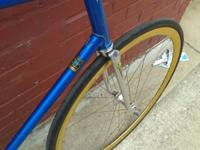 Up for sale is a vintage track bike. The is a true