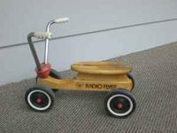 "Classic ""made in U.S.A."" Radio Flyer tot scoot-trike"