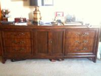 Classic Solid Mahogany Dresser With 9 Draws. Excellent