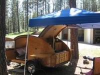 Beautiful custom made teardrop trailer, no attention to