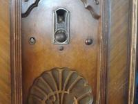 Up for sale is a 1920's Philco Radio Design 87. It has