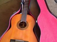 Yamaha Classical Acoustic Guitar Made in early 1970's