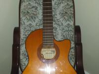 Alvarez Classical guitar. Excellent condition!!