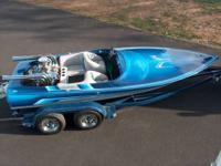 18FT ADVANTAGE JET BOAT, SEATS 4, DRIVE ON TANDEM
