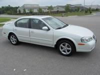 Good condition for beautiful 2000 Nissan Maxima GLE:
