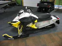 SUPER CLEAN 2010 SKI-DOO 800 MXZ XRS WITH ONLY 2390
