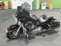 CLEAN 2012 HARLEY-DAVIDSON ELECTRA GLIDE POLICE WITH