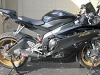 2006amaha R6 Black-Pristine condition-Rear flush mount