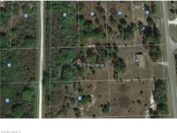 This 1 +/- acre lot in Montura is the perfect location