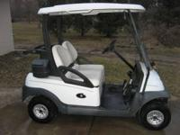 Club Car Precedent 48 Volt Golf Carts Run Great / Look