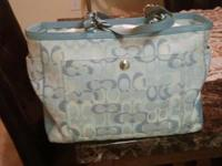 Lightly used baby Coach bag, original!!! Blue color