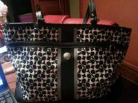 Authentic Leather Signature Black and White Coach