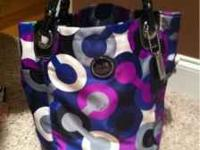 Coach purse cash or credit cards accepted  Location: