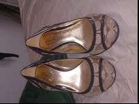 Worn only a few times. In great condition. Very