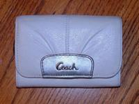 Nice white and silver leather purse for cards and