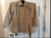 Coach Womens khaki trench coat size large. Fits like a