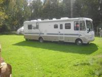 37' 1999 Coachman Santara Motorhome. Motorhome has one