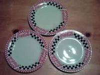 I have a set of 8 coca cola dinner plates, a set of 4