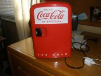 Here is an adorable mini fridge for the collector. 10