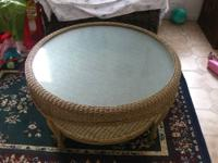 This Round Wicker Coffee Table is a perfect piece to
