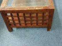 Coffe table and 2 matching end tables for sale. $125.00