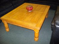 Coffee & End Table Beautiful Condition~ Come see it