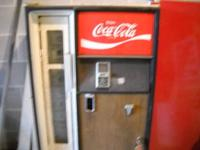 Caviler coke machine for sale needs to be restored. Has