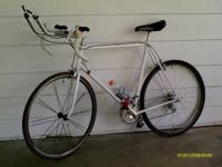 Great collector's bike - Paramount - Pearl White