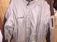 I'm selling a lightly utilized Colombia winter coat. In