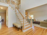 Stunning 5 Bedroom Colonial In Harborfields Sd#6. This