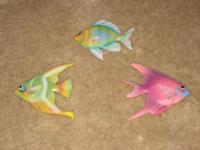 Used, Colorful Fishes, 3 Pieces Mutli-Color, Great for