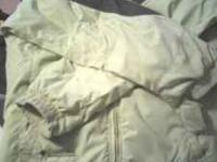 Columbia winter jacket. Light green in color. Womens cbd1c5765