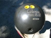 COLUMBIA U300 LIMITED. Bowling ball is black and weighs