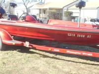 ,,,,,,,,,19 FT 1996 COMANCHE RANGER BASS BOATWITH A EFI