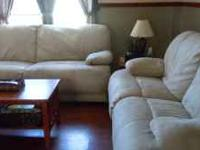 Berkline Reclining Sofa & Loveseat Color : Cream