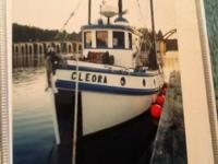 38 '  wood hull, 371 gmc 100hp, 7 ton fish hold, 4 man