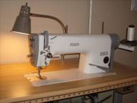 Commercial grade Pfaff 563 sewing machine straight