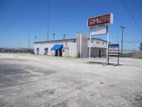 +/- 5,049 SQUARE FOOT INDUSTRIAL BUILDING FOR SALE 3101