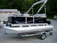 USED 2009 GILL GETTER FISHING PONTOON, 6' WIDE X 13'