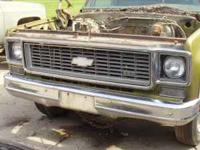 1973 chevy pick up grill complete with crome and metal