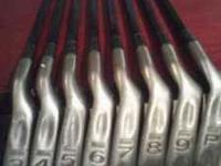 Really nice set of clubs. In very good condition. Grips
