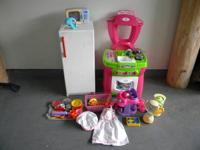 Everything for your little chef!  The items are gently
