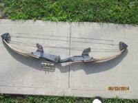 VINTAGE COMPOUND BEAR SHUR-HIT BOW WITH ADJUSTABLE