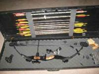 MARTIN 60# COMPOUND BOW. INCLUDES PEEP SIGHT, FAIL SAFE