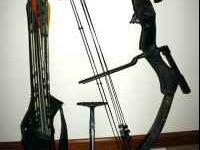 Loaded Browning compound bow. Extras include: fiber
