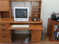 Type:FurnitureThis computer desk is in excellent