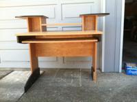 Type:OfficeType:Desks Computer desk. In decent shape