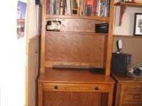 Solid wood Computerdesk, with bookshelf, bought at